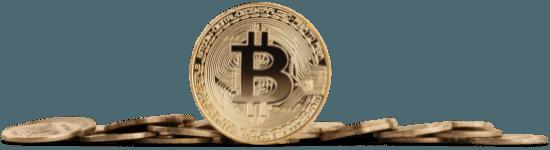 fekvő kriptovaluta érmék egymás mellett középen egy álló érme